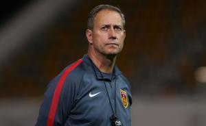 中国足协提前解约国足主帅佩兰,将启动新帅选聘工作
