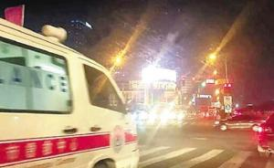 浙江多辆私家车集体闯红灯为救护车让道,交警称会客观处理