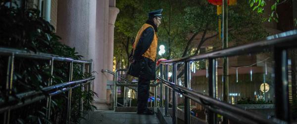"""上海最严""""禁燃令""""见成效:销售额从近亿元降至不足千万元"""