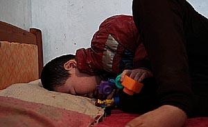 男孩种甲流疫苗后不能说话行走,政府补偿10万要求不准上访