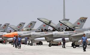 恐袭过后,土耳其轰炸伊拉克北部库尔德武装基地