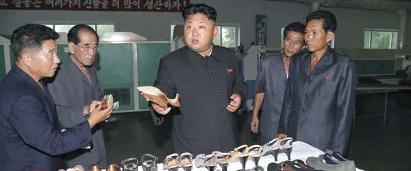 朝鲜允许美媒采访三名被扣美国人,三人望美政府出手化解困境