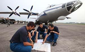 解放军和武警部队迅速投入云南鲁甸抗震救灾
