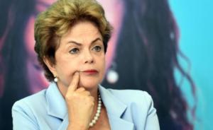 """巴西国会启动对总统弹劾程序,罗塞夫指责副总统策划""""政变"""""""