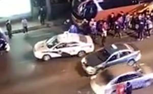 大连一女子街头遭3男拖拽大呼救命,警方:系办案传唤嫌疑人