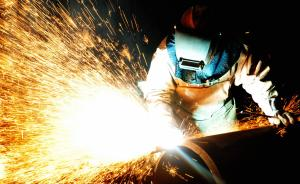 IMF上调今明两年中国经济增速至6.5%和6.2%