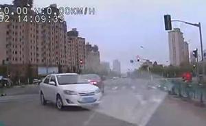 上海:违停女司机逆驶逼停警车、拔下警车钥匙,被拘10天