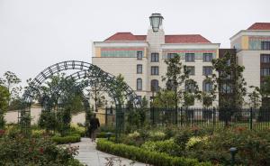 """上海迪士尼周边酒店供给""""两头少中间多"""",总量或偏紧张"""