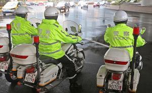 直播录像丨上海交警机动摩托车上路巡查交通违法行为