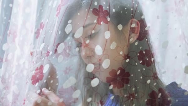 作为跨性别者,米可在求职,生活和恋爱方面都遇到很多困难。 视频编辑 贾亚男 章婧
