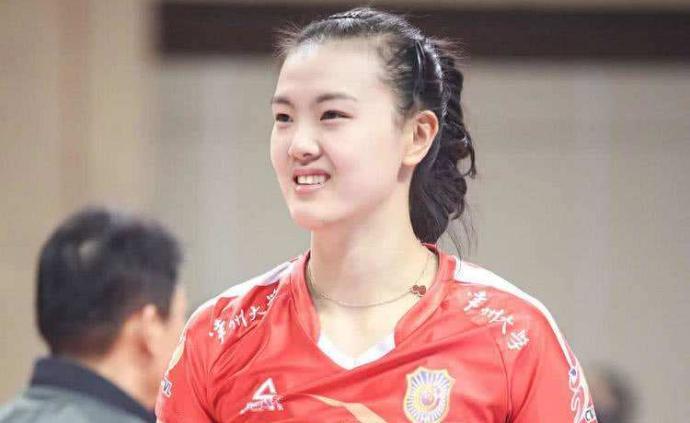 天津女排世俱杯表現不佳:張常寧未參賽,江蘇隊從中作梗?