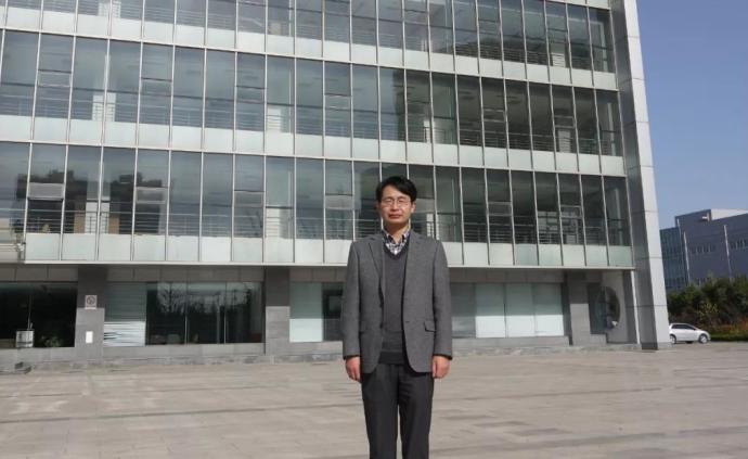清华海归博士获法院道歉,114次庭审是怎么来的?