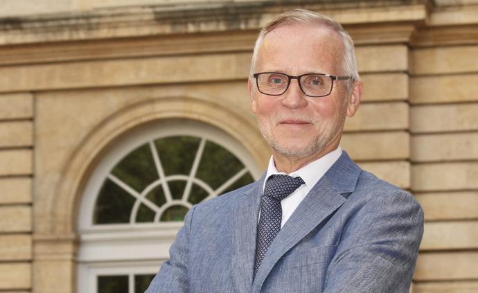 """德國神學學者勒默爾執掌法蘭西公學院:再次""""占領""""法國?"""