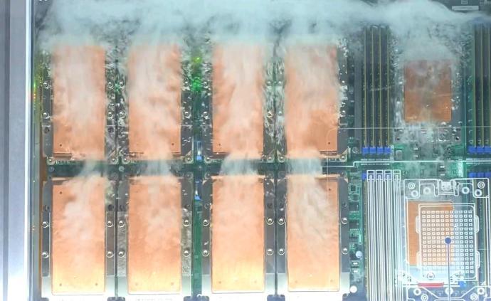 中国数据中心用电量超三峡加葛洲坝发电量,液冷或成破局关键