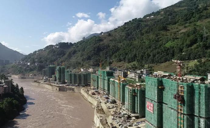 云南怒江一萬人搬遷安置點地災隱患突出,官方:好地太難找