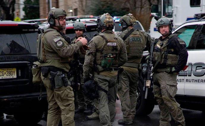 美国新泽西州发生枪击:至少6人死亡,2人枪杀便衣后被击毙