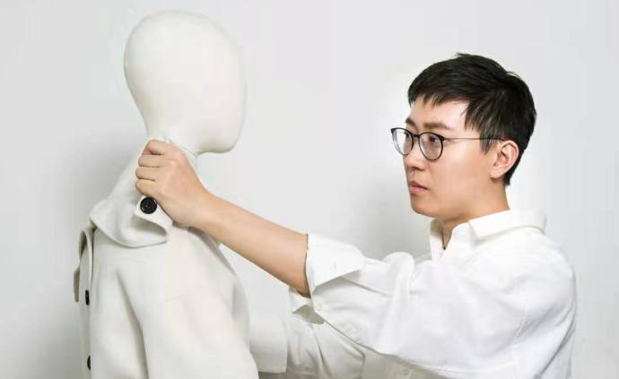 2019年度榮耀青年|張羽昊:不迎潮流,設計就要表達自我