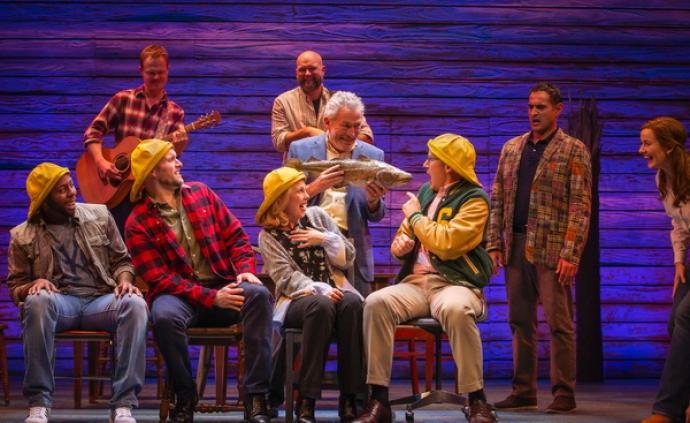 音乐剧《来自远方》:讲述9·11次日加拿大小镇的真实故事