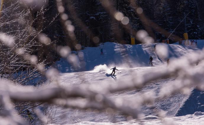 23歲中國女孩在意大利滑雪場受重傷,生命跡象微弱
