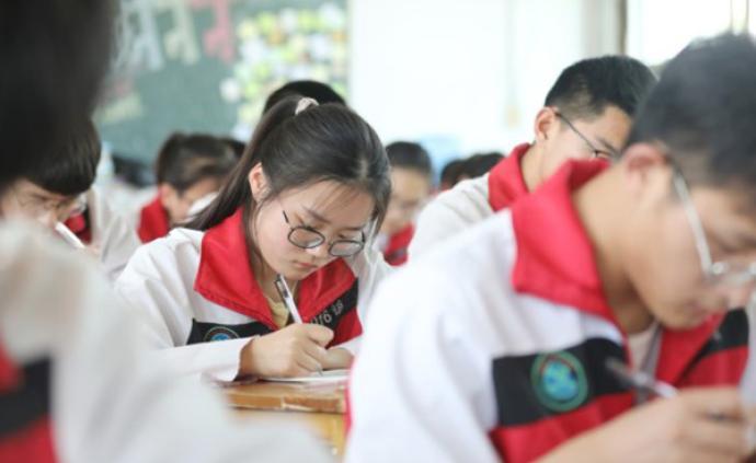 """教育部部署2020年高招工作:促進公平,嚴打""""高考移民"""""""