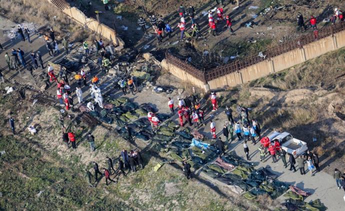 伊朗军方声称乌客机起飞后突转向敏感军事基地,被错当成目标