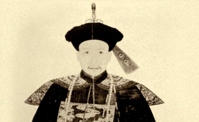 官紳的荷包:貪官和珅的資產疑云