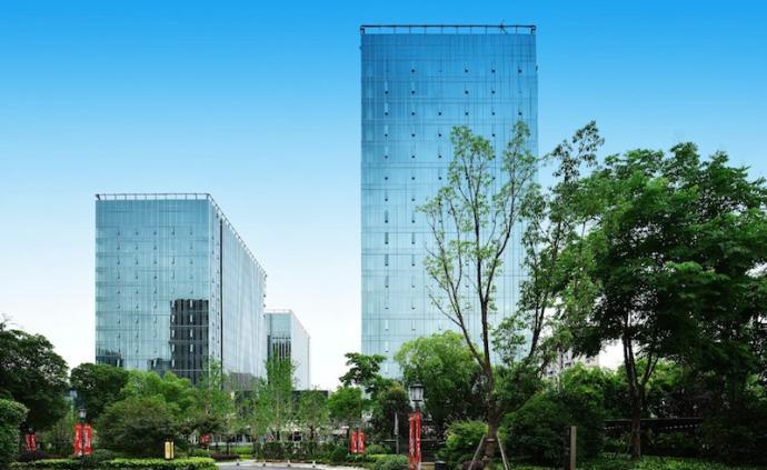 浙鐵綠城·長風中心三期3號樓交付
