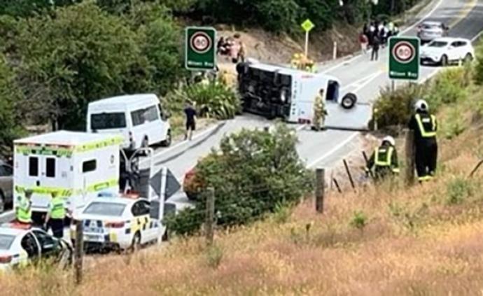 一中國旅行團在新西蘭遭遇車禍,2人重傷