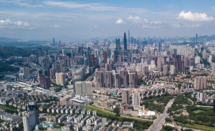 广东:去年GDP为107671.07亿元,同比增6.2%