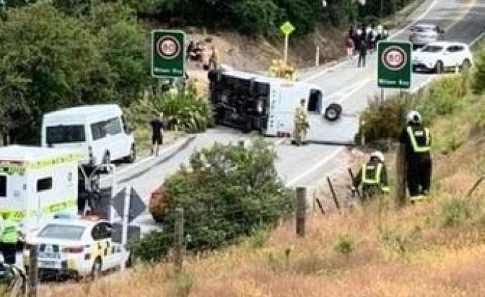 中國旅游團新西蘭遇車禍2人重傷,目前已無生命危險