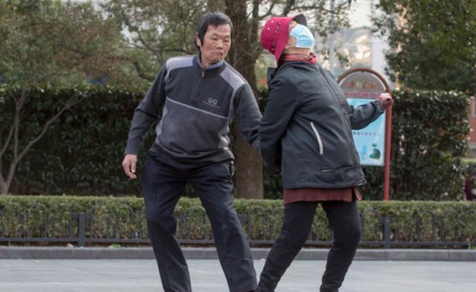 現場 2月8日起在上海進出公共場所必須戴口罩