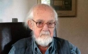 《是,首相》编剧安东尼·杰伊去世,享年86岁