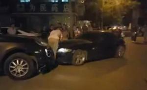 银川宝马女司机冲撞保时捷男司机,交警暂按交通事故立案调查