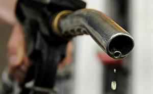 国内成品油调价再搁浅,分析称新机制有效缓解油价过快上涨