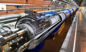 香山科学会议达共识:进一步开展高能环形正负电子对撞机预研