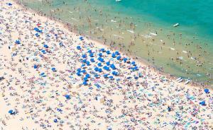 冬天来了?看看这些最美的海滩浪一浪吧