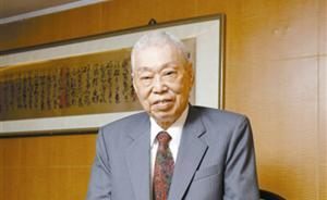 """美国人最爱吃的""""左宗棠鸡""""发明人彭长贵病逝,享年97岁"""
