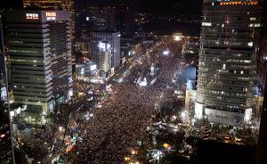 """首尔爆发第六轮""""反朴""""大示威,反对党已提交弹劾案"""