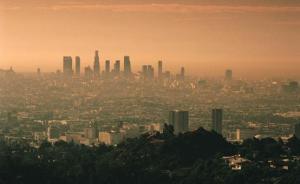 洛杉矶雾霾治理长达半个世纪,有哪些我们可以借鉴的经验?