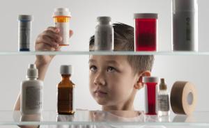 假期带孩子外出,家长可备几款常用药