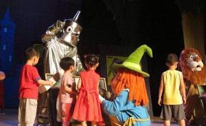 上海家长选儿童剧遇困惑:经典剧多原创剧少,大多没年龄分级