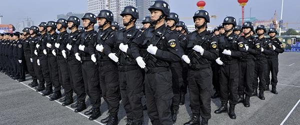 人民日报刊文评公安执法:细微之处影响着公众对公安的信任度