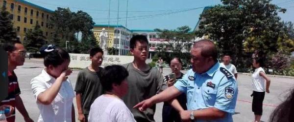 郑州遭强拆职校发声:非法拆迁是冲突前提,为何只拘留学生?