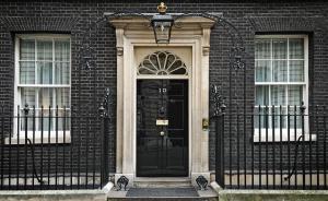 """英国首相竞选报名截止:伦敦前市长鲍里斯突然宣布""""不玩了"""""""