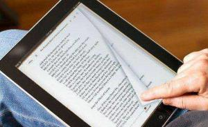 数字阅读凸显三大隐忧:内容低质、阅读表浅、抄袭大行其道