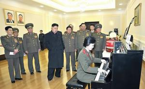 朝媒:金正恩曾在办公室里弹奏钢琴曲,问身边人弹得如何