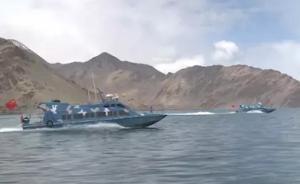"""西藏班公湖近半年的冰封期结束,阿里""""西海舰队""""下水试航"""