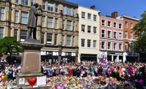 美国女歌手将重返英国演出,万余人为得门票冒充爆炸案幸存者
