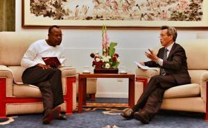 外交部非洲司司长林松添就赞比亚抓捕31名中国公民提出交涉