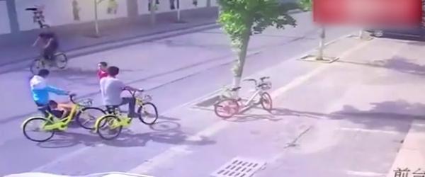 """朝阳警方回应""""争共享单车男子碾轧男童"""":两名嫌犯已被刑拘"""